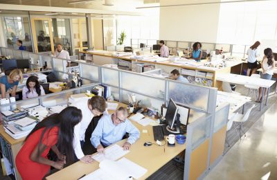 How to start a company in UAE with an office